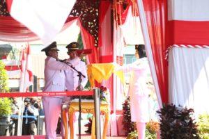 Pimpin Upacara HUT Kemerdekaan RI Ke 73, Pj Bupati Sampang; Jadikan Momentum Sebagai Refleksi dan Evaluasi Diri
