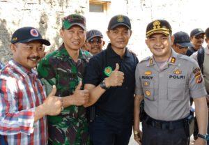 Kodim 0609/Kabupaten Bandung Didukung Polres Cimahi Gelar Baksos Di Cigugur