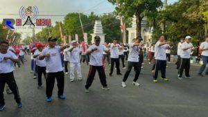 Gelorakan Semangat Menjaga Keamanan, Polres Sampang Gelar Olahraga Bersama dan Deklarasi Tolak Kerusuhan