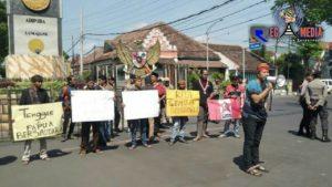 Warga Lumajang Gelar Aksi Solidaritas Untuk Papua