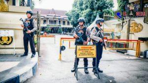 Antisipasi Terror Bom Bunuh Diri di Polrestabes Medan, Polres Lumajang Perketat Penjagaan
