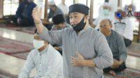 Oded Imbau Warga Bandung Terapkan Protokol Kesehatan Saat Sembelih Hewan Qurban