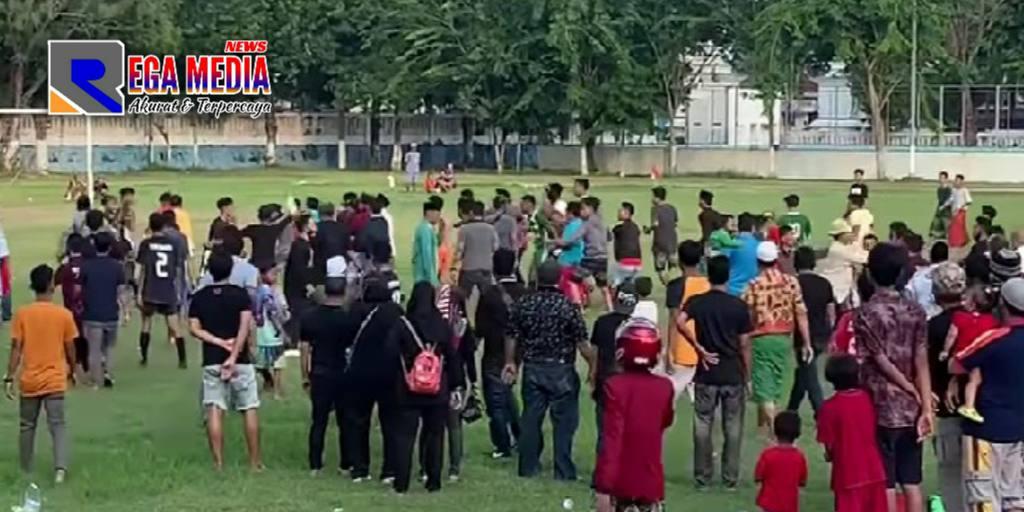 Tak Kantongi Izin, Askab PSSI Sampang Nekat Adakan Kompetisi Berujung Ricuh