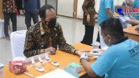 Plt Walikota Cimahi Tunda Suntik Vaksinasi Covid-19
