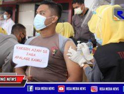 Ratusan Anggota Polres Sampang Disuntik Vaksin Covid-19