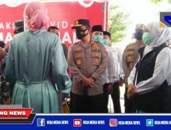Gubernur Jatim Pantau Pelaksanaan Vaksinasi Massal di Sampang